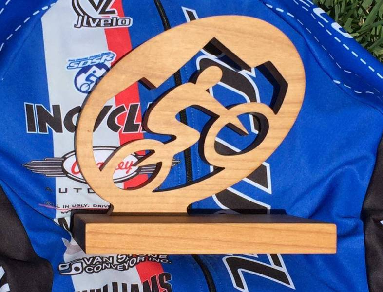 Handmade-1st-place-wooden-trophy
